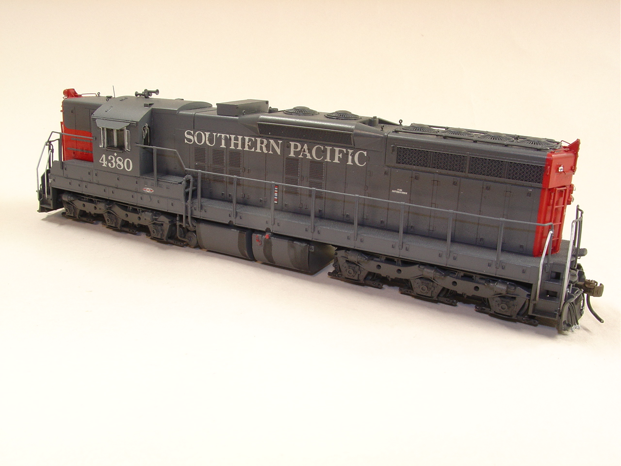 32PC 334 DETAILS WEST HO SD9E REBUILT SUPER DETAIL SET SOUTHERN PACIFIC
